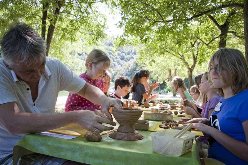 Atelier poterie en extérieur
