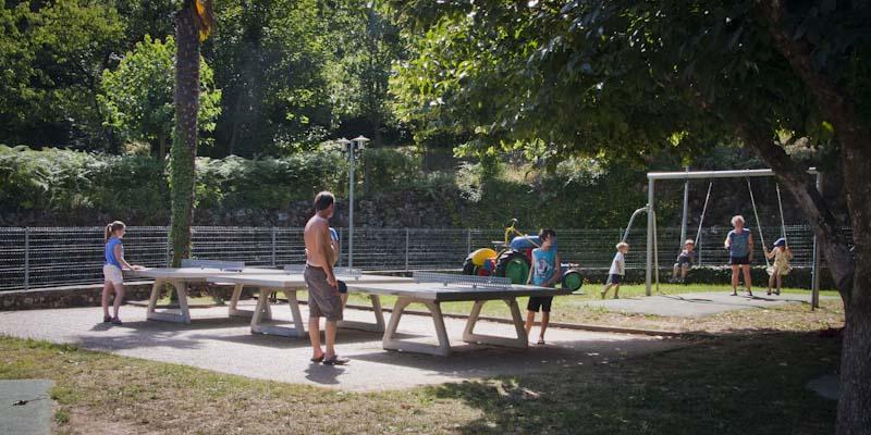 joueurs de ping-pong