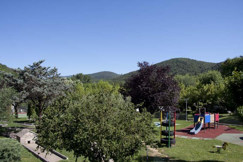 mini-golf et parc pour enfants